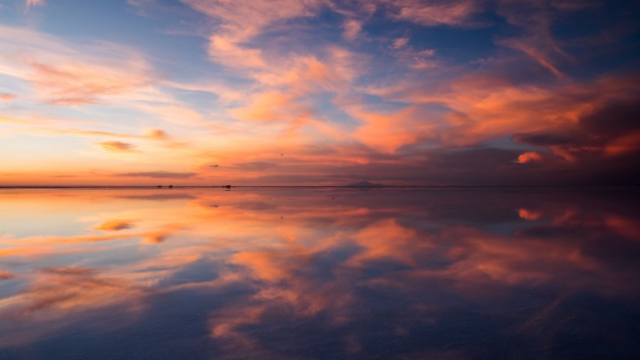reflections-from-uyuni-1_1670976432